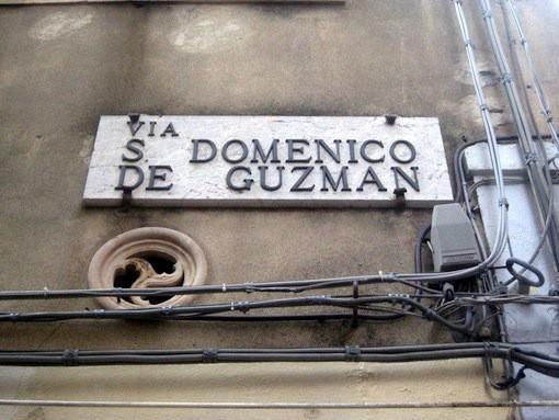 Via San Domenico de Guzman in Taormina Sicilie
