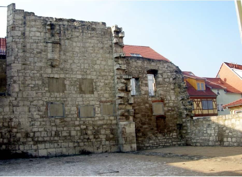 Peter und Paul Mauerreste Muehlhausen