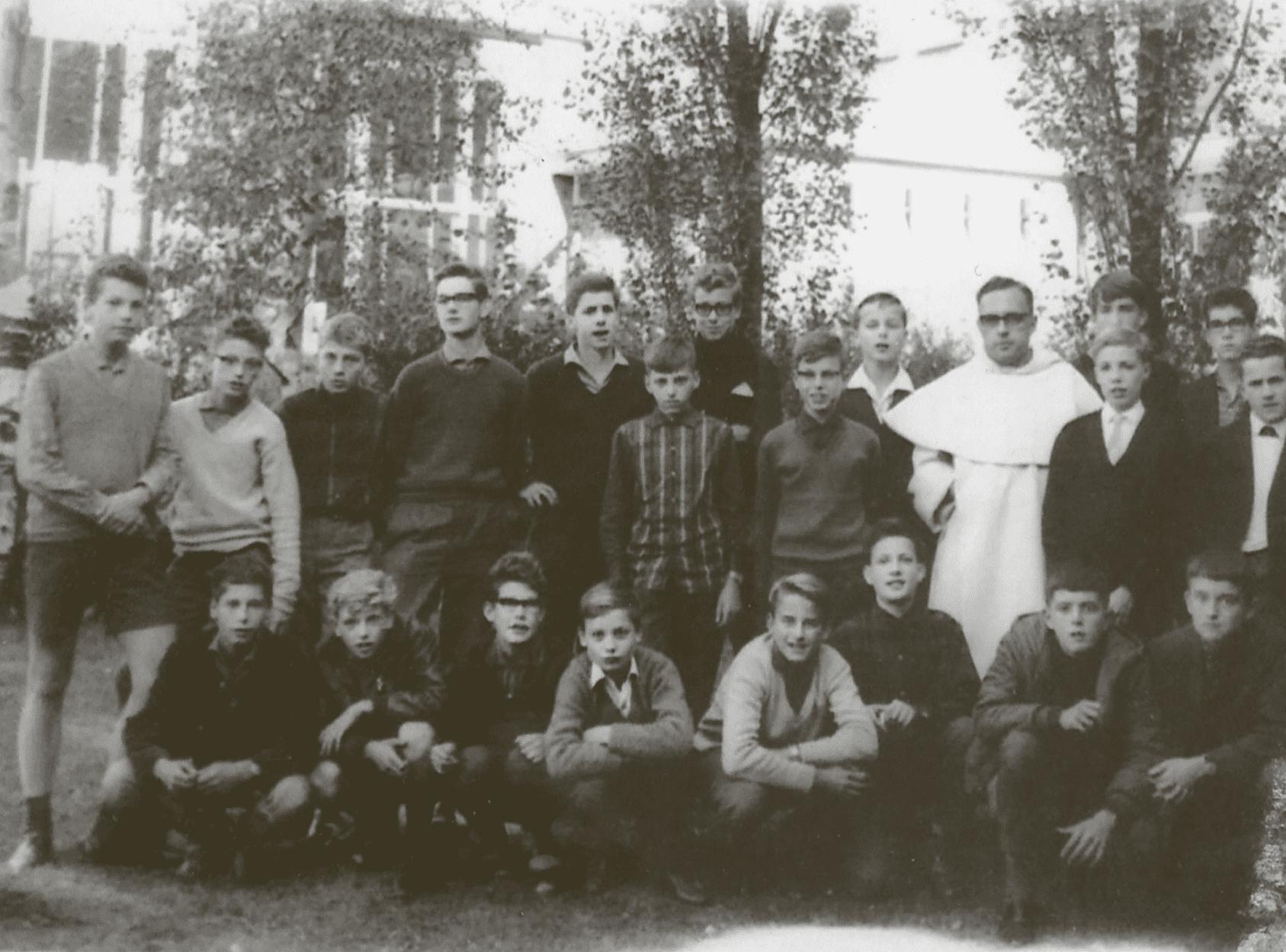 Dominicuscollege archief gymnasium klas 2 1964-1965 Kellendonk